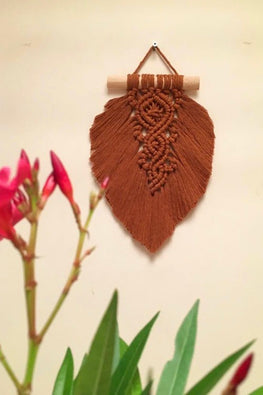 Macrame Leaf Wall-hanging - Brown