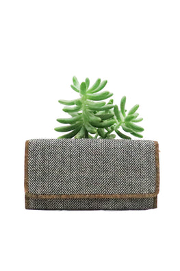 herringbone-wool-purse