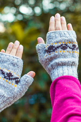 Gaddi wool Naturally Dyed Handknit Grey Mitts by Aana Jaana
