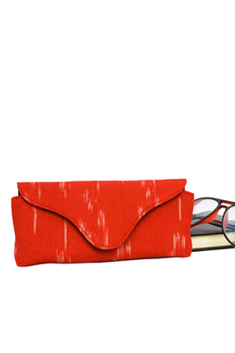 red-ikat-specs-cover