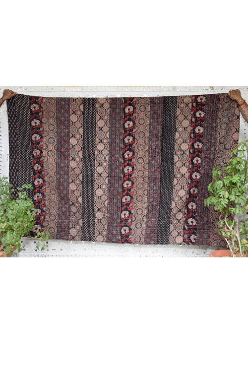 Okhai 'Amaya' Double Bed Quilt-50