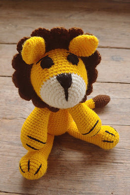 The Color Caravan 'Rossi Lion' Hand Crochet Acrylic Wool Toy