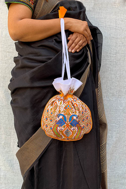 Shrujan Morlo Off-White Hand Embroidered Silk Potli Bag Online