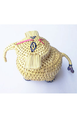 Handcrafted-Sikki-grass-Elephant-container-1