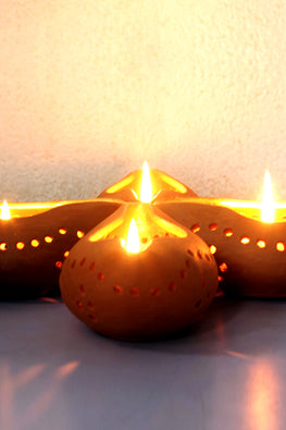 Craftlipi Chirag 1 Handcrafted Terracotta Candle Holder Online