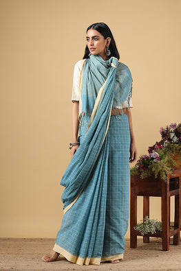 Chitrika Body Check Kuppadam Handspun Handloom saree Blue