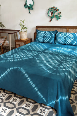 Okhai 'Lapis' Pure Cotton Tie-Dye Bed Cover