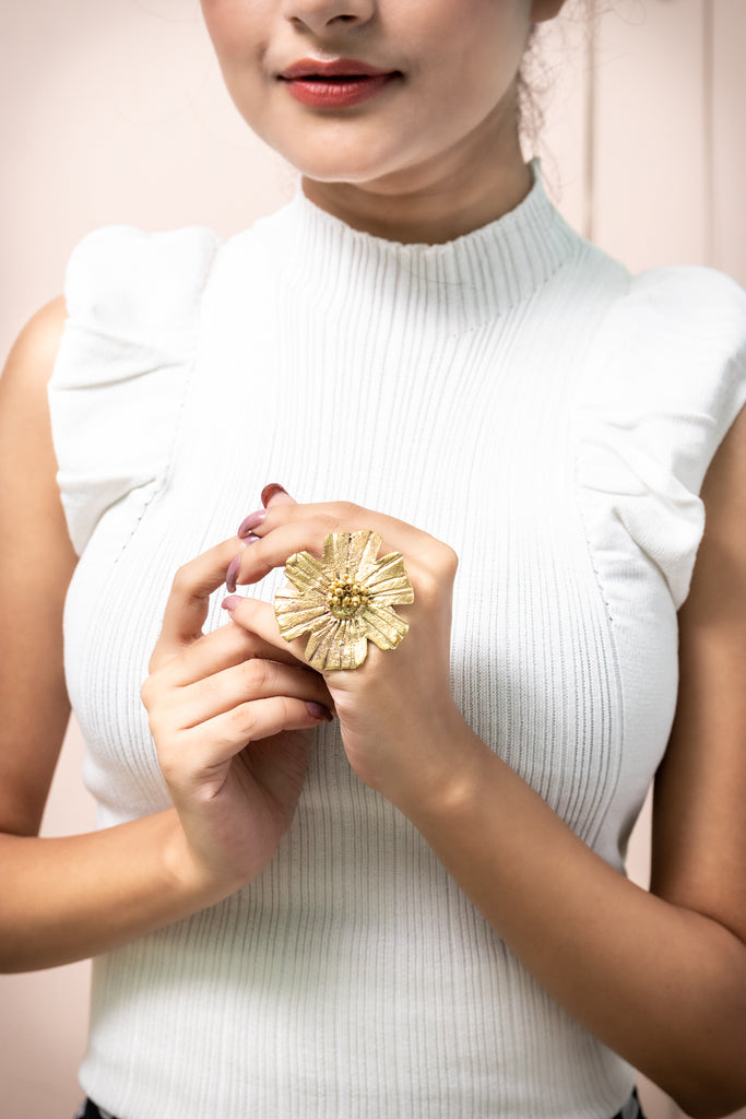 Miharu Flower Finger Ring