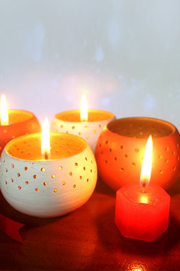 "Craftlipi ""DOME"" Tealight holders Combo (Set of 4) with Complimentary Candles"