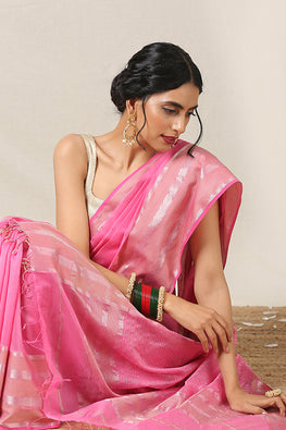 Handweave Maheshwari Handloom Silk Cotton Saree Col-Pink , Blouse Colour -Pink.