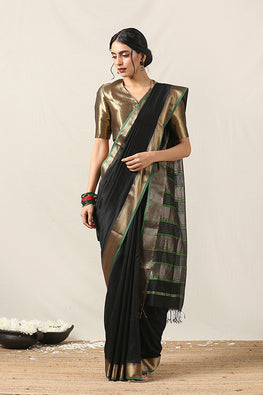 Handweave Maheshwari Handloom Silk Cotton Saree Col- Black with Zari , Blouse Colour -Green.