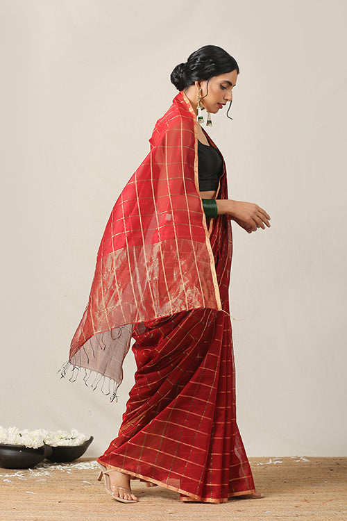 Handweave Maheshwari Handloom  Silk Cotton Saree Col- Red,  Blouse Colour -Red.