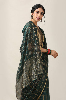Handweave Maheshwari Handloom Silk Cotton Saree Col-Dark Green , Blouse Colour Dark Green.