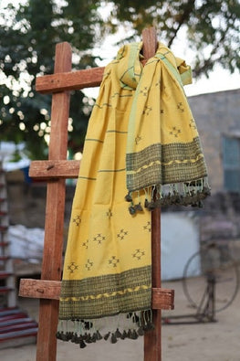 `The Handloom Tree' Kutchi Extra Weft Weaving Cotton Stole Colour -  Yellow-26