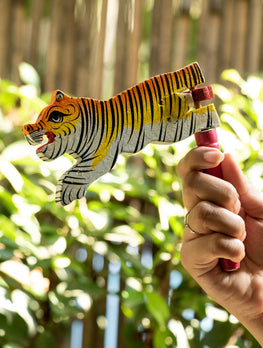 Handcrafted Wooden Kit Kat Sound Toy - Twirling Tiger - The India Craft House