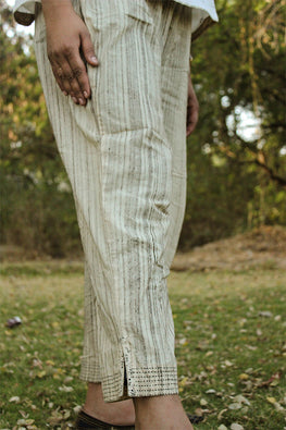 Sadhna 'Biri' Beige cotton pants