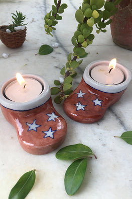 "Ram Gopal Blue Pottery Handcrafted "" Christmass T-Candles"" Santa Socks Candle Stand  (Set Of 2)-37"