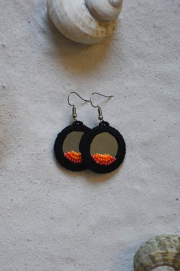 Okhai 'Zing' Black Earrings