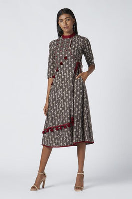 "Okhai ""Magical Raindrops"" Mirror Work Kurti"