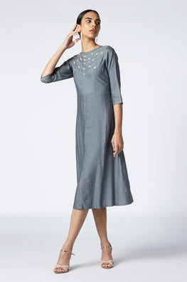 Okhai 'Poise' Embroidered Cotton Silk Kurta