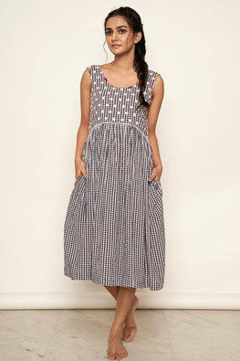 LVLILA 31 Sleeveless Madras Check Cotton Dress For Women Online