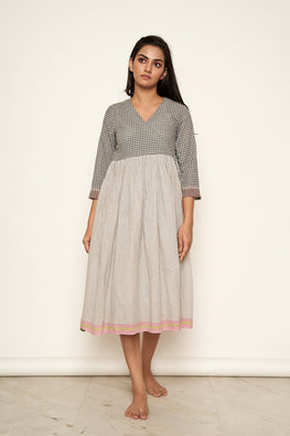 Lotusveda 'Tamasha' Overlapping Handspun Pure Cotton Khadi dress