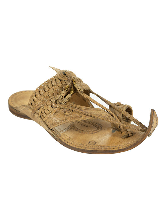 KALAPURI Awesome and attractive looking natural vegetable tanned toxic free leather Kolhapuri Chappal in Shahu Maharaj style with long braids from Kolhapur in Natural colour Size UK-6