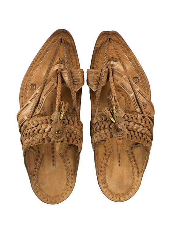Kalapuri Men's Handcrafted Vegetable Tanned Leather Kolhapuri Chappal in Shahu Maharaj style long braids - Brown
