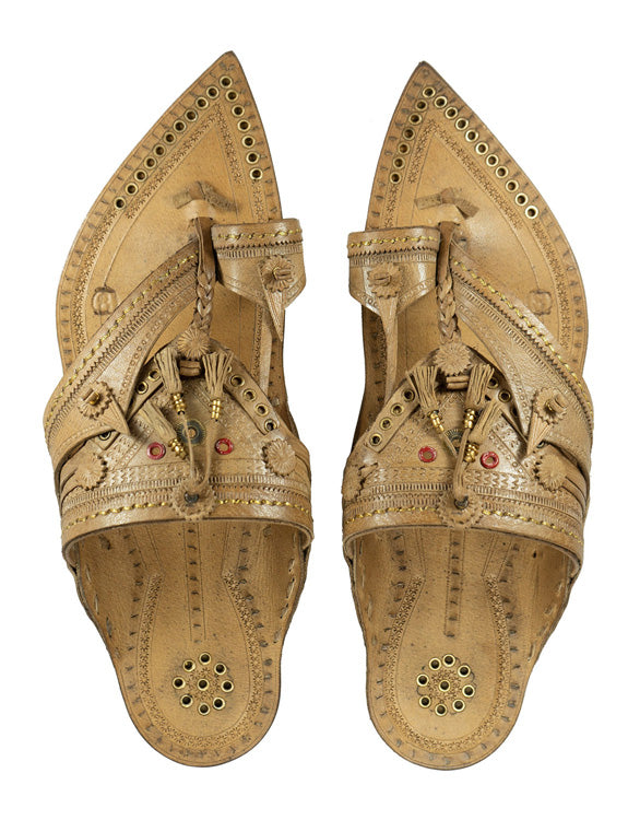 Kalapuri Men's Handcrafted Vegetable Tanned Leather Kolhapuri Chappal in Shahu Maharaj Style - Natural