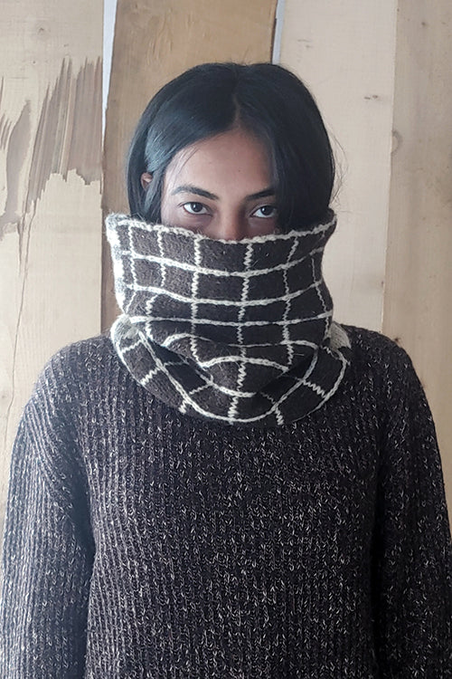The Color Caravan Hygge Unisex Fusuma Snood HandKnitted Woolen Snood Scarf Online