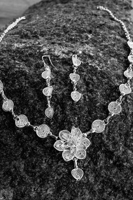 Silver Linings Blossom Handmade Silver Filigree Necklace Set Online