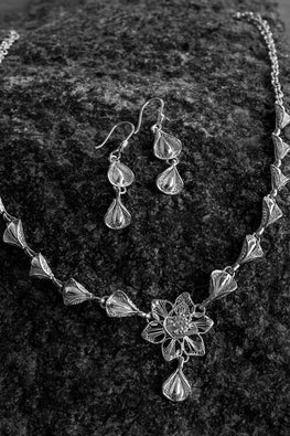 Silver Linings Petals Handmade Silver Filigree Necklace Set Online