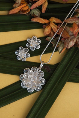 Silver Linings Floral Magic Handmade Silver Filigree Pendant Set Online