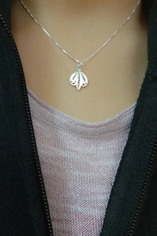 Silver Linings Chic Handmade Silver Filigree Chain With Pendant Online