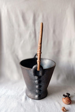 Terracotta by Sachii Longpi Black Pottery Ice Bucket Small