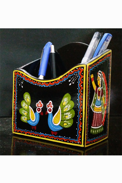 Tikuli-Art-Hand-Painted-Pen-Stand