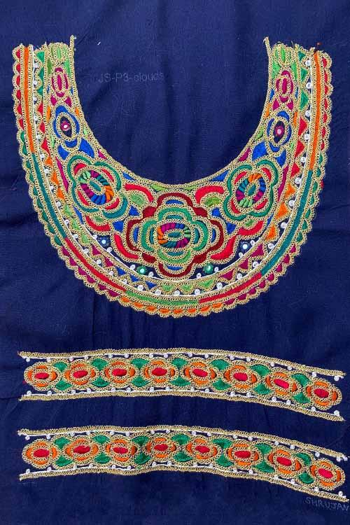 Shrujan Mukko Embroidery Yoke-16