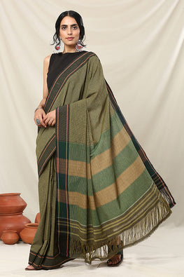 Punarjeevana Greenish White Checks Reversible Sudha Kadi Black Border Saree Online