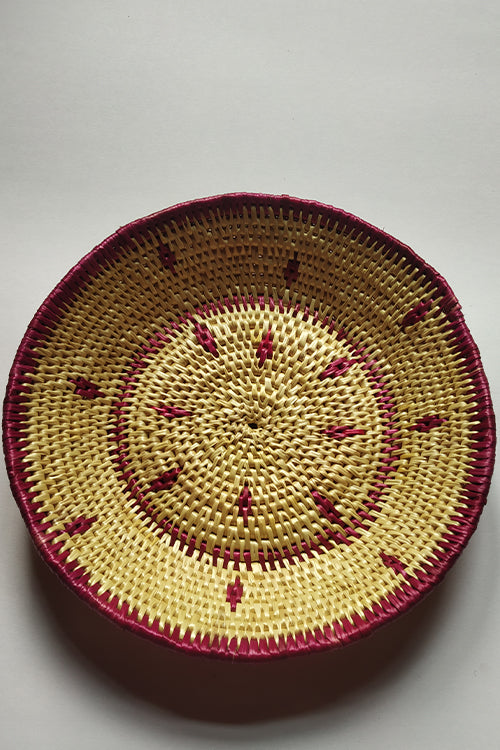 Handcrafted Sikki Grass Plate col- Catechu Natural