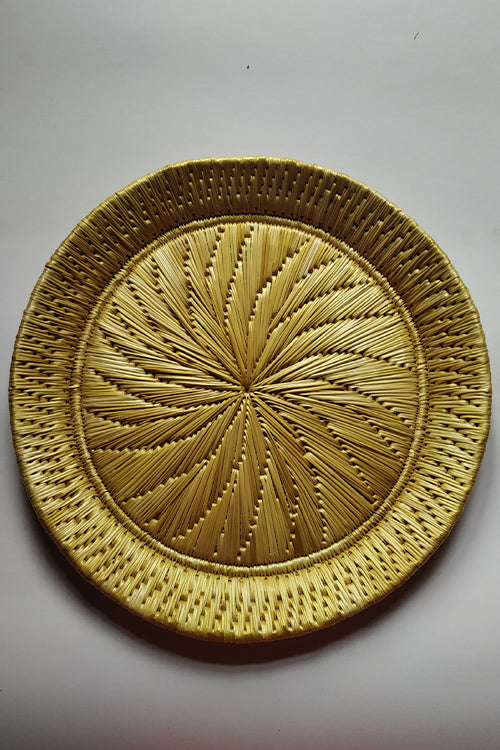 Handcrafted Sikki Grass Plate .Col- Natural