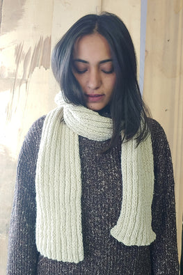 The Color Caravan Hygge Unisex Muffler 02 Handmade Woolen Muffler For Ladies Online