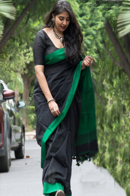 Okhai Black Soft Bengal Cotton Saree With Contrast Pallu Online