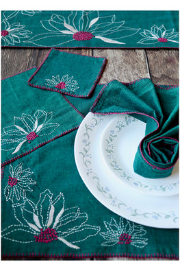 Okhai 'Pesto' 25 Piece Hand Embroidery Pure Cotton Table Mat Set