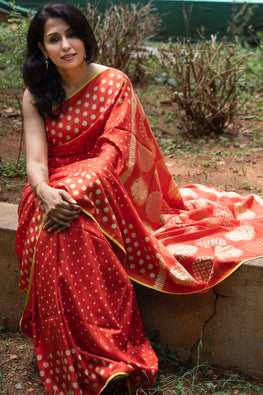 2up 2down-Hand crafted Silk printed & Shibori Sari-18
