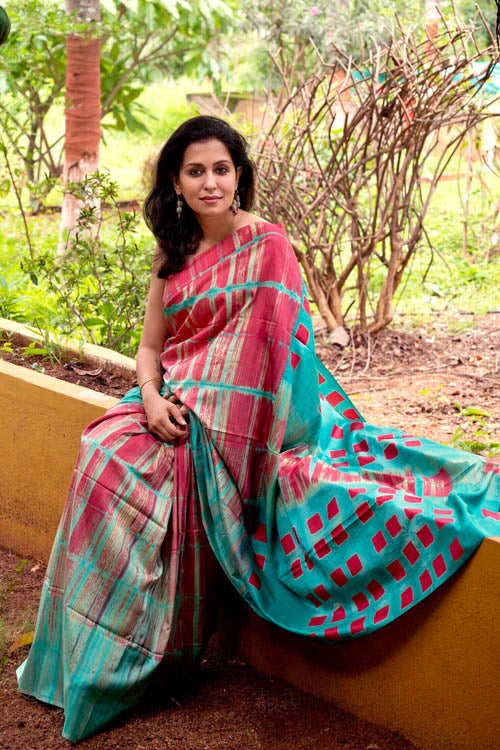 2up 2down Hand Embroidered Red & Sea Green Bangalore Silk Sari Online