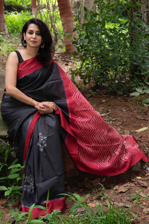 Hand Embroidered Bangalore Silk Sari Online Red and Black Saree Online