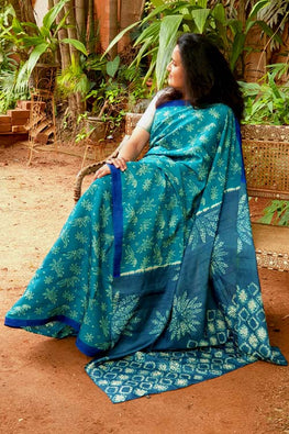 2up 2down-Hand crafted Silk printed & Shibori Sari-16