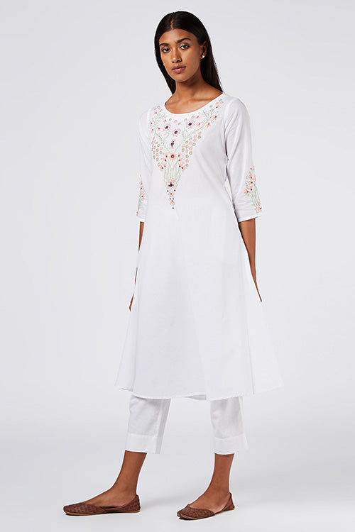 Okhai Daivika Embroidered Cotton White Kurti For Women Online