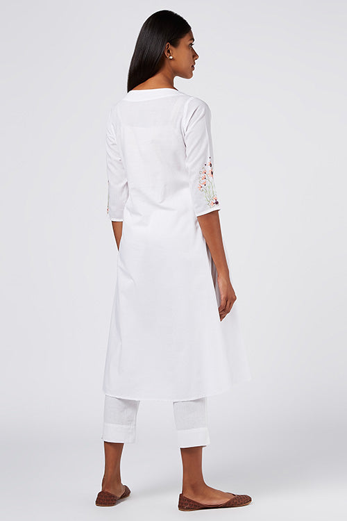 Okhai 'Daivika' Embroidered White Cotton Cambric Kurta