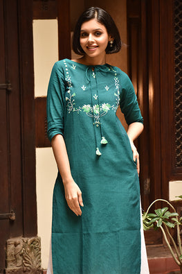 Okhai 'Paradise Falls' Embroidered Cotton Kurta